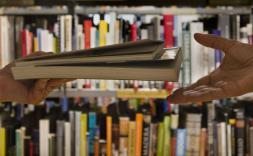 5 milions de llibres a l'abast dels col·legiats